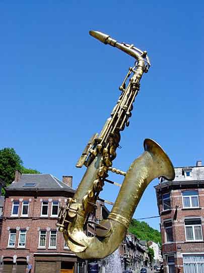 Саксофон в Dinant