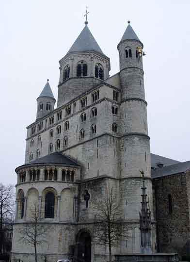 Церковь св. Гертруды в Nivelles