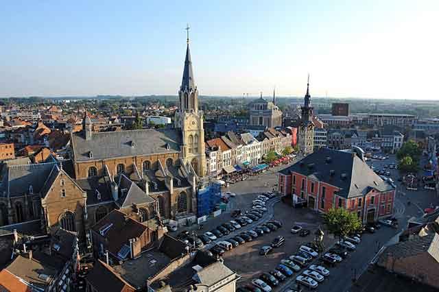 Центральная площадь Sint-Truiden